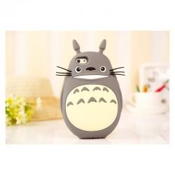 Funda 3D iphone 4 de Totoro